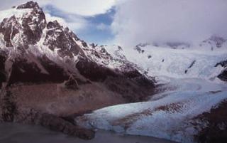 トーレ氷河.jpg